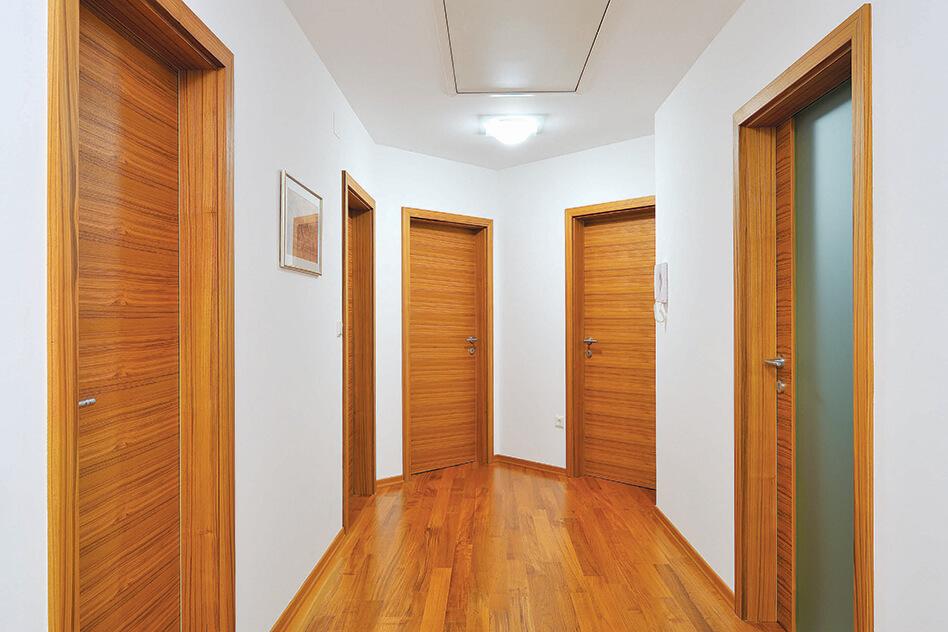 moderna vrata_rjave barve